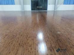 大学体育馆木地板安装公司