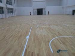 枫桦木体育地板如何保洁