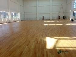 悬浮式篮球场地板安装公司