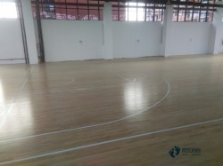 体育馆木地板多钱一平